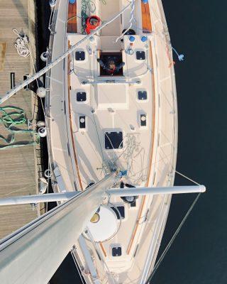 bluewater-sailing-preparation-island-packet-40-mast-view
