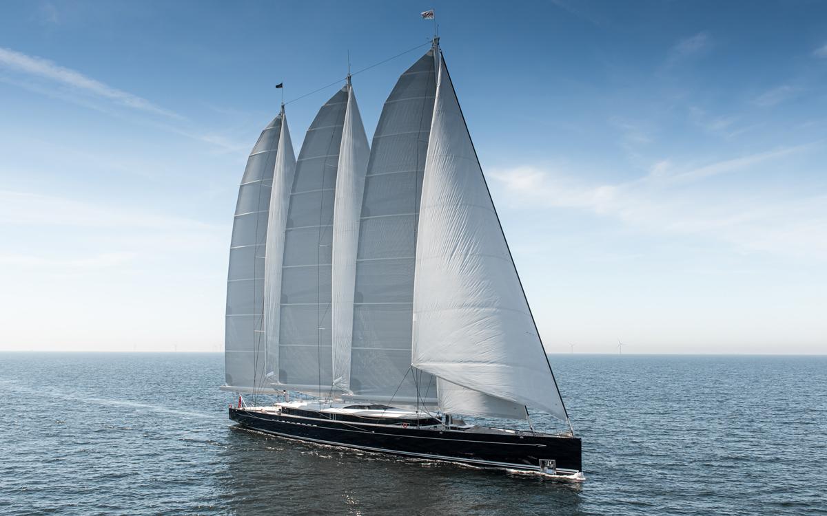worlds-largest-aluminium-sailing-yacht-81m-royal-huisman-sea-eagle-II-launched-running-shot-credit-Tom-Van-Oossanen