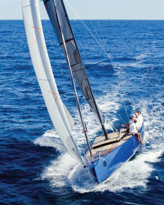 best-daysailer-yachts-Black-Pepper-Code-0.1