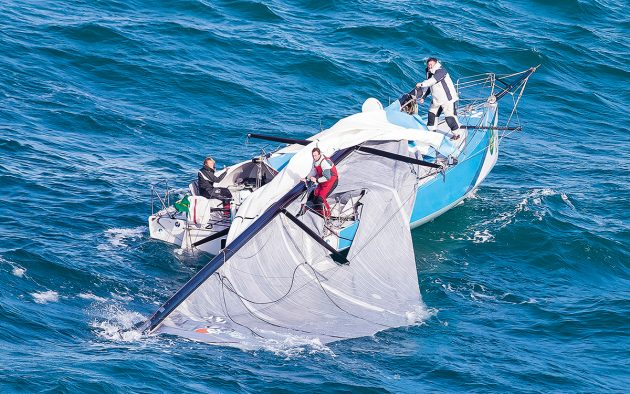 A Class 40 crew including Pip Hare had to deal with this dismasting during the 2017 Rolex Fastnet. Photo: Rolex / Carlo Borlenghi