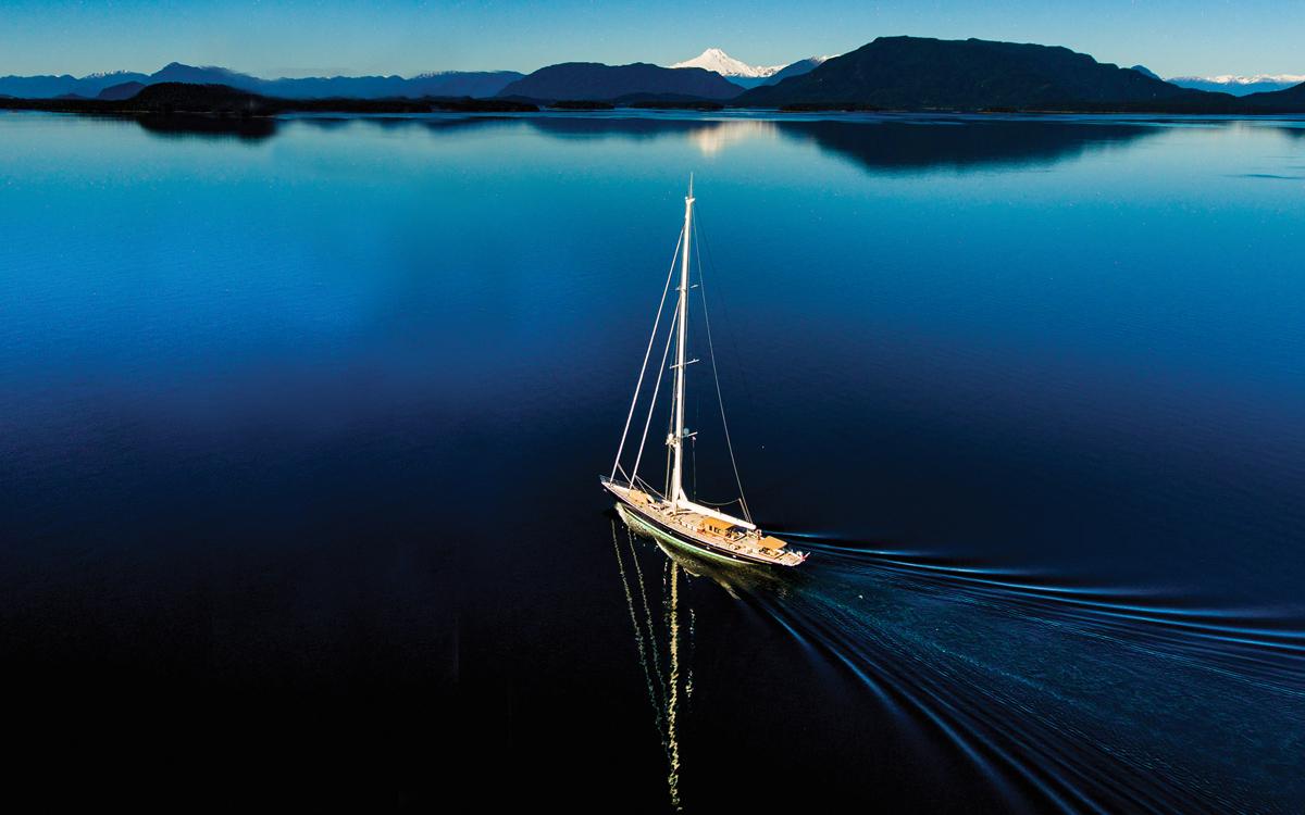 magellan-détroit-superyacht-pumula-croisière-vue-aérienne-credit-Oliver-Herve