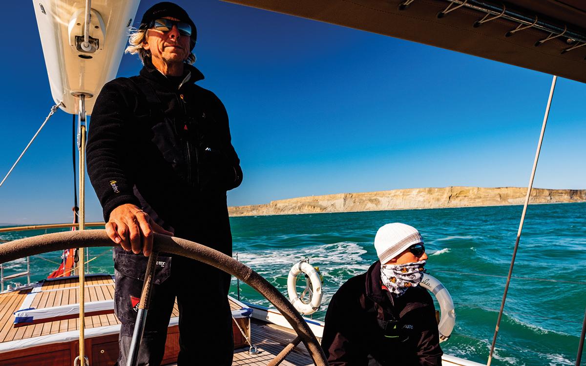 magellan-strait-superyacht-pumula-cruise-helm-credit-Pepo-Subiranas