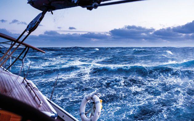 magellan-strait-superyacht-pumula-cruise-storm-sailing-credit-Pepo-Subiranas