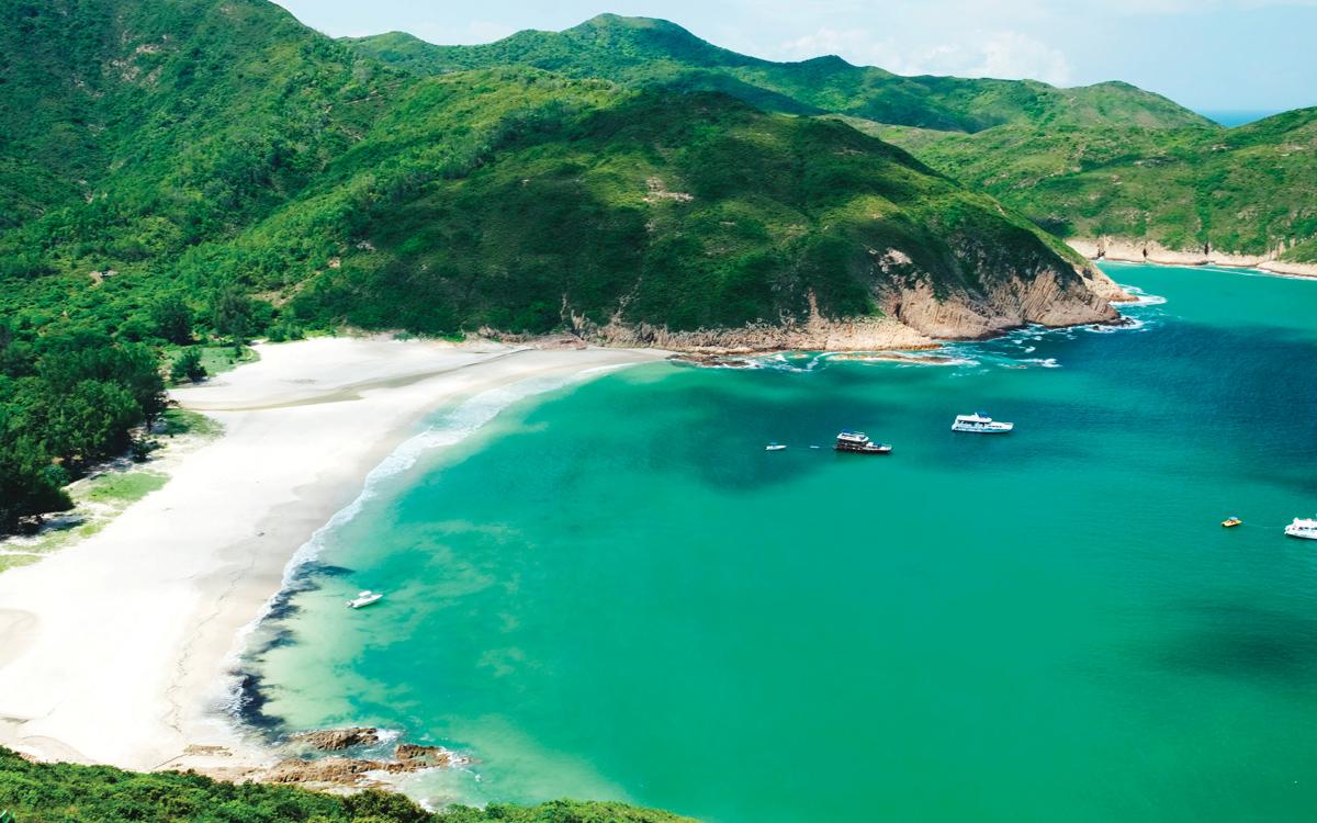 sailing-hong-kong-Sai-Kung-district-credit-Siu-Kwan-Lui-EyeEm-Getty