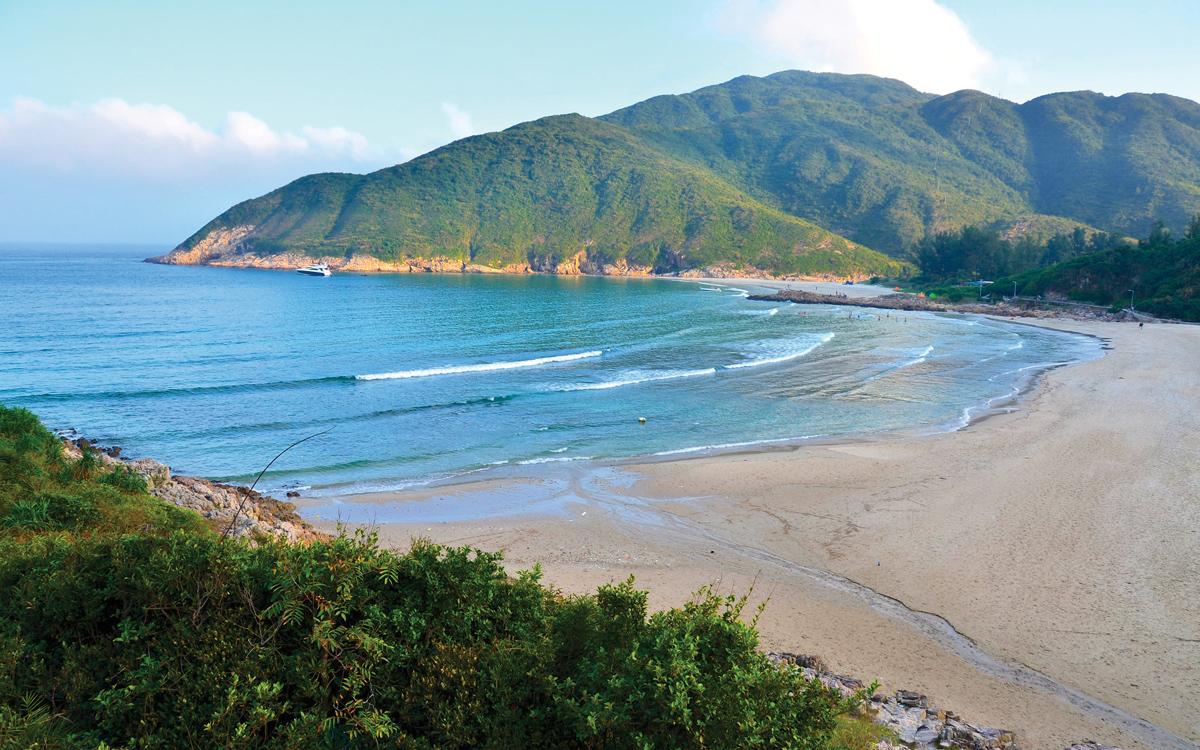 sailing-hong-kong-Sai-Wan-beach-Sai-Kung-East-Country-Park-credit-Stefan-Irvine-Getty