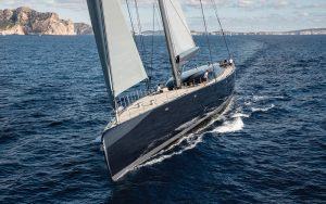 superyacht-ngoni-bow-view-credit-breed-media