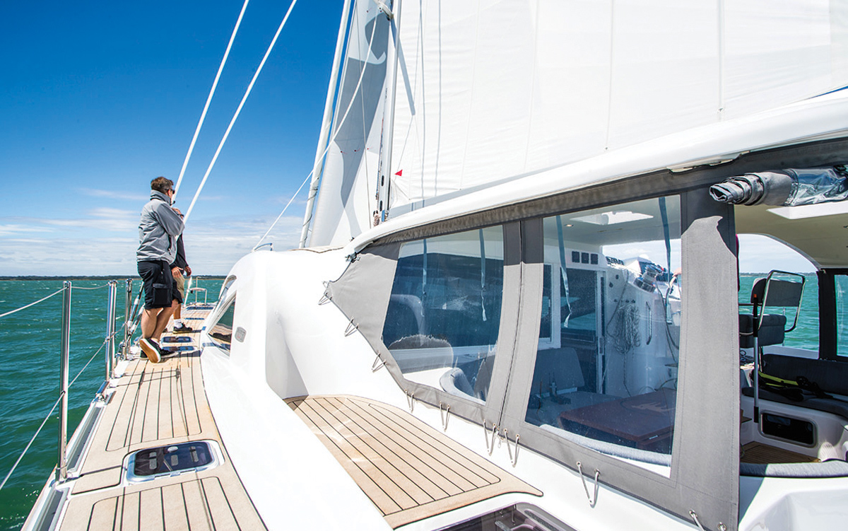Discovery-Bluewater-50-catamaran-boat-test-side-deck-credit-Richard-Langdon-Ocean-Images