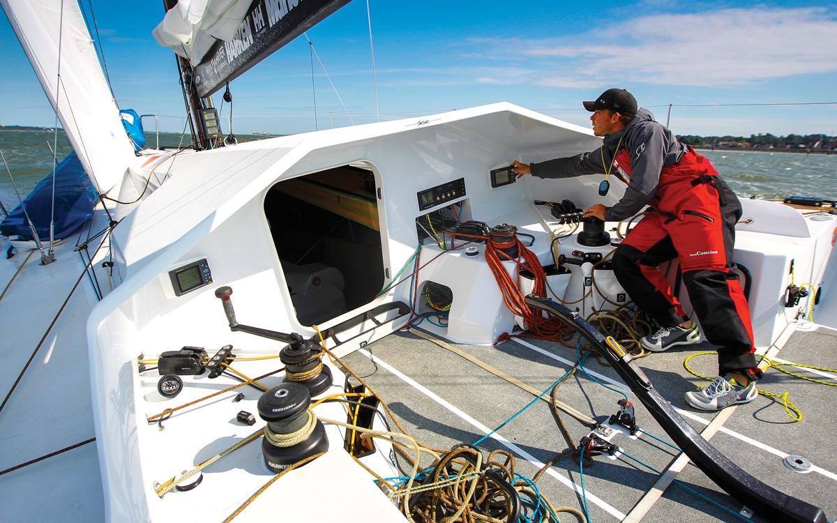 sailing-autopilots-short-handed-racing-credit-Paul-Wyeth