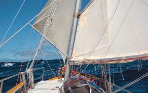 solo-caribbean-sailing-Iron-Bark