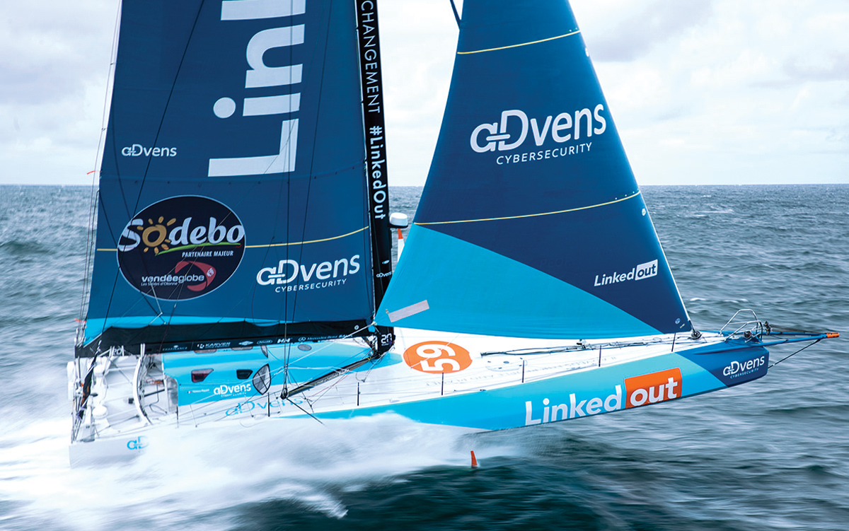 vendee-globe-2020-preview-linked-out-running-shot-credit-Pierre-Bouras-TR-Racing