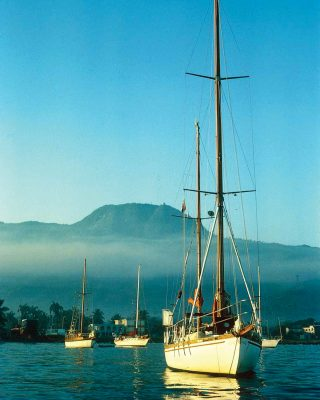 caribbean-nigel-calder-Shakedown-Cruise-Nada-anchored-Puerto-Plata