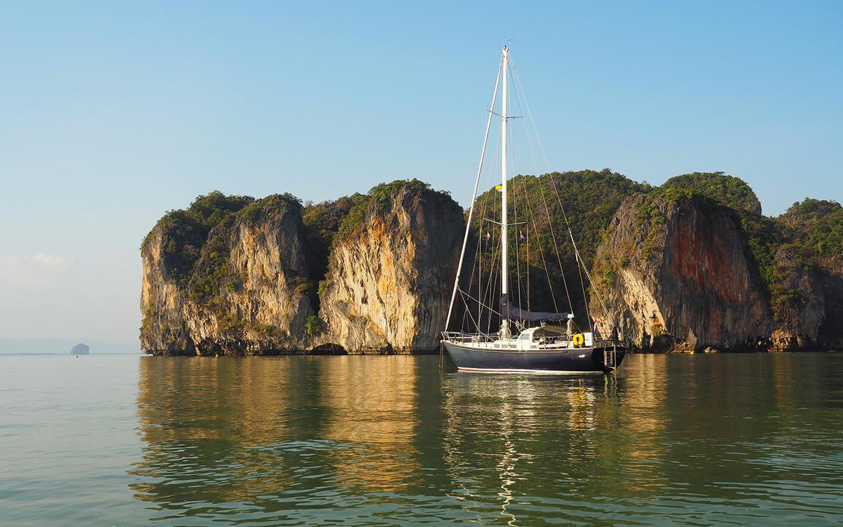 comment-naviguer-sur-l'océan-indien-Bruce-Roberts-44-Anna-Caroline-thailand