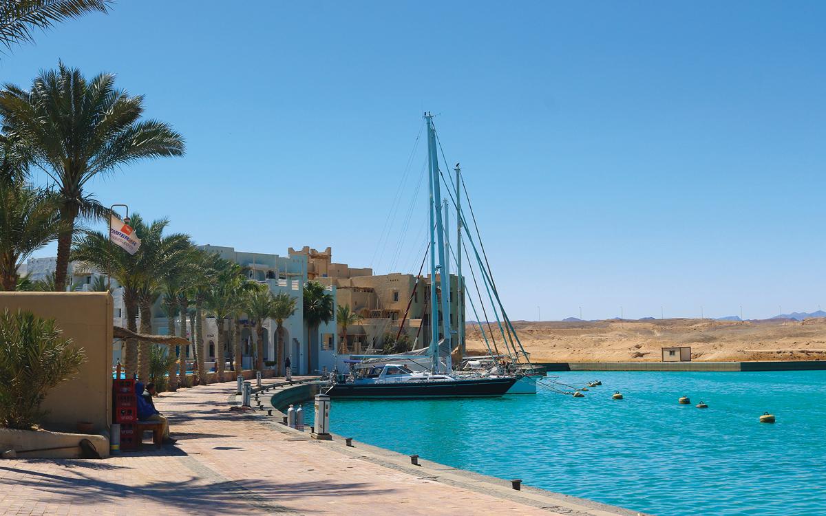 comment-naviguer-à-travers-l'océan-indien-Port-Ghalib-Egypte