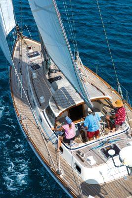 boat-hitchhiking-yacht-credit-Tor-Johnson
