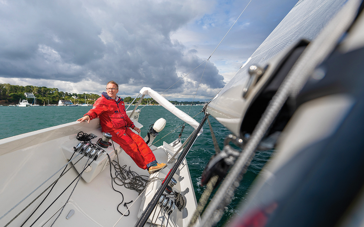 jack-setton-modern-whaleboat-paja-helm-credit-Jean-Marie-Liot
