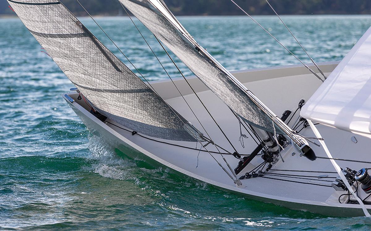 jack-setton-modern-whaleboat-paja-jib-credit-Jean-Marie-Liot