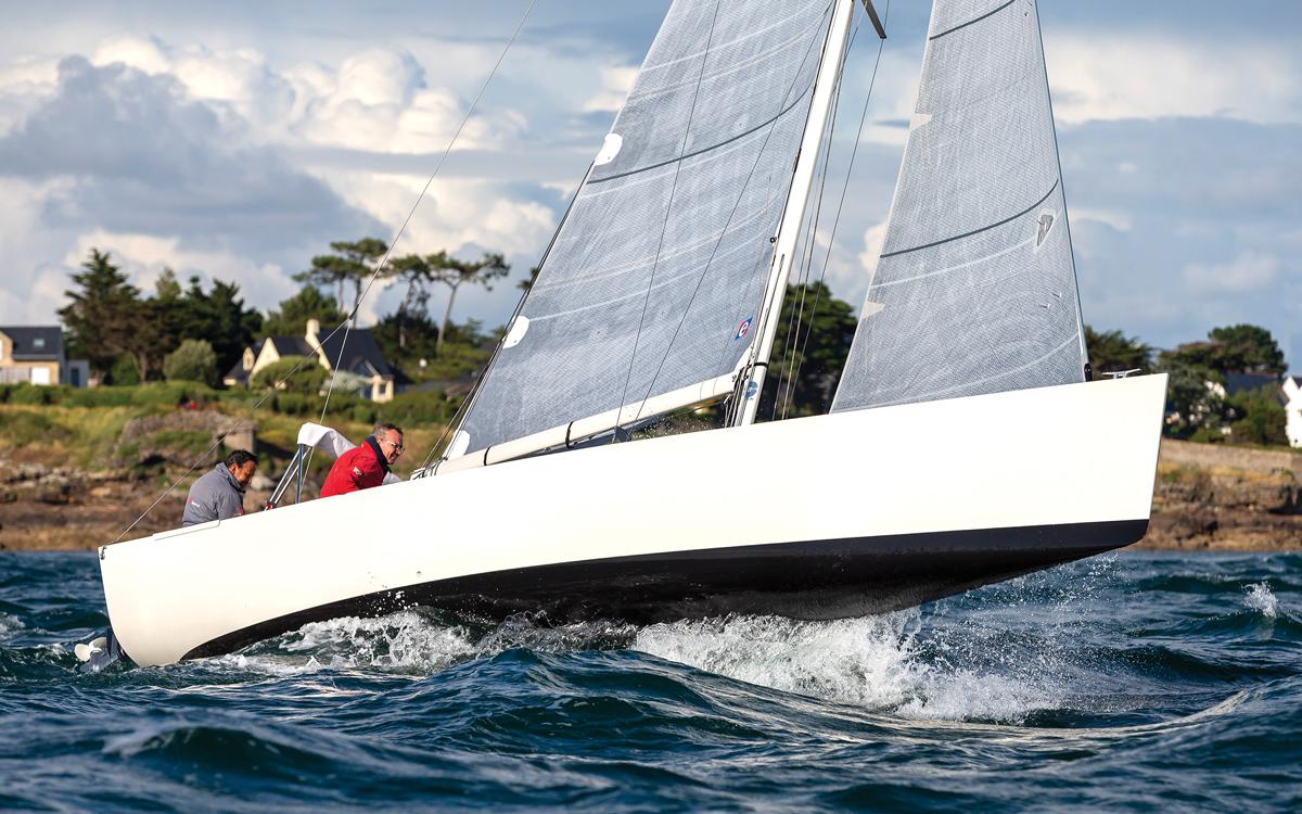 jack-setton-modern-whaleboat-paja-upwind-running-shot-credit-Jean-Marie-Liot