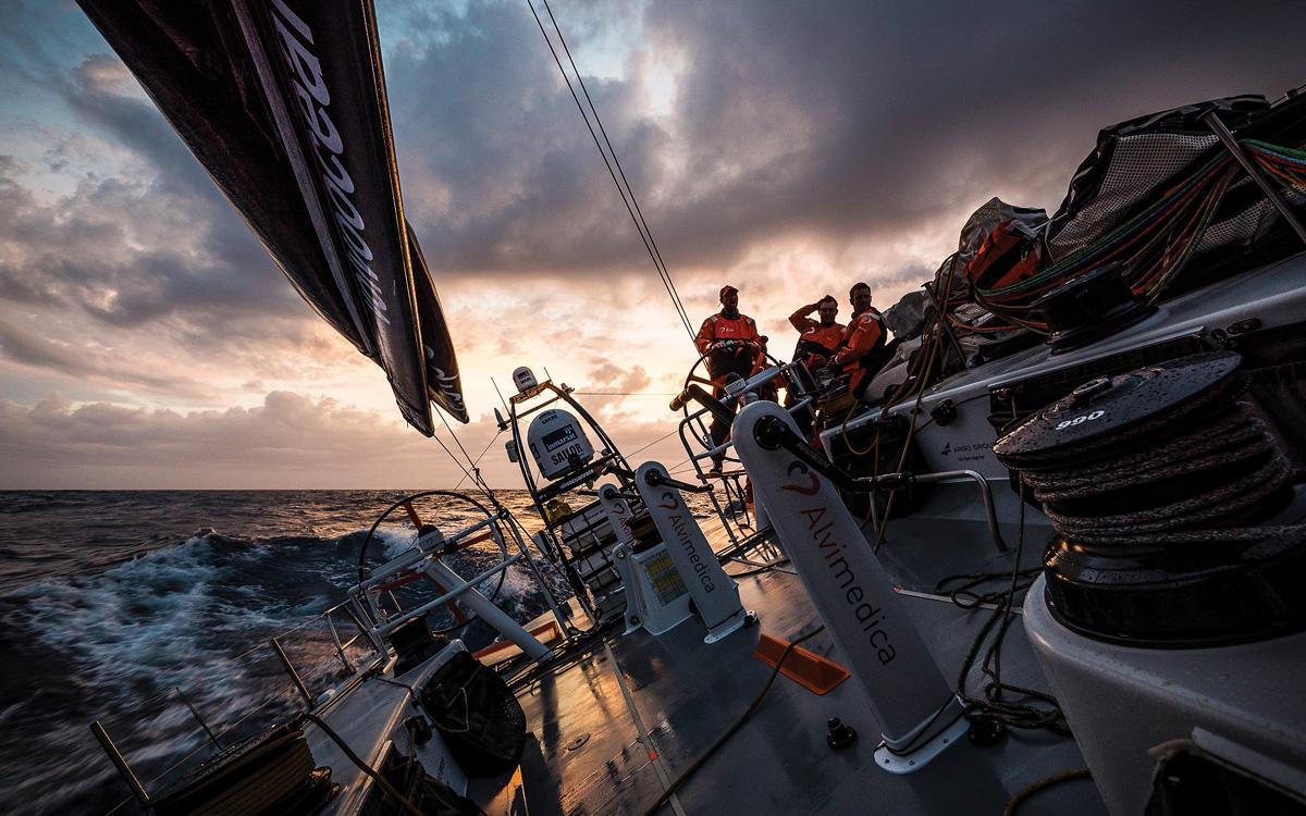 night-sailing-credit-Amory-Ross-Team-Alvimedica-Volvo-Ocean-Race