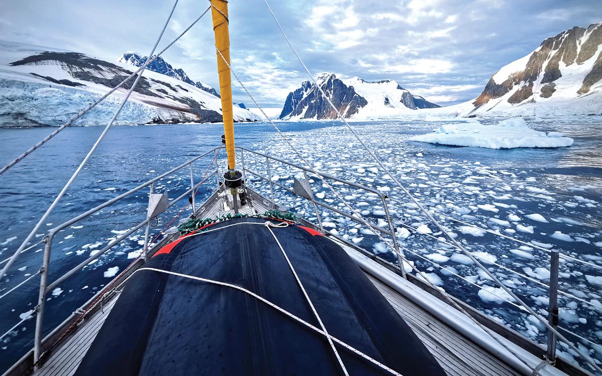 sailing-antarctica-nick-moloney-Ocean-Tramp-ketch-Lemaire-Channel