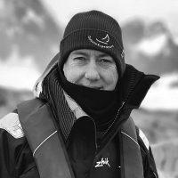 sailing-antarctica-nick-moloney-bw-headshot-400px-square