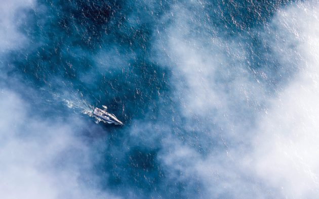 Sailing in fog can be exhausting and disorientating. Photo: Carlo Borlenghi