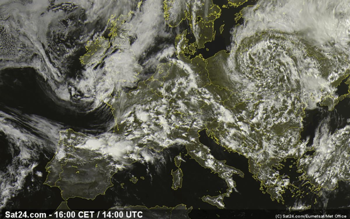 sailing-in-fog-europe-satellite-view
