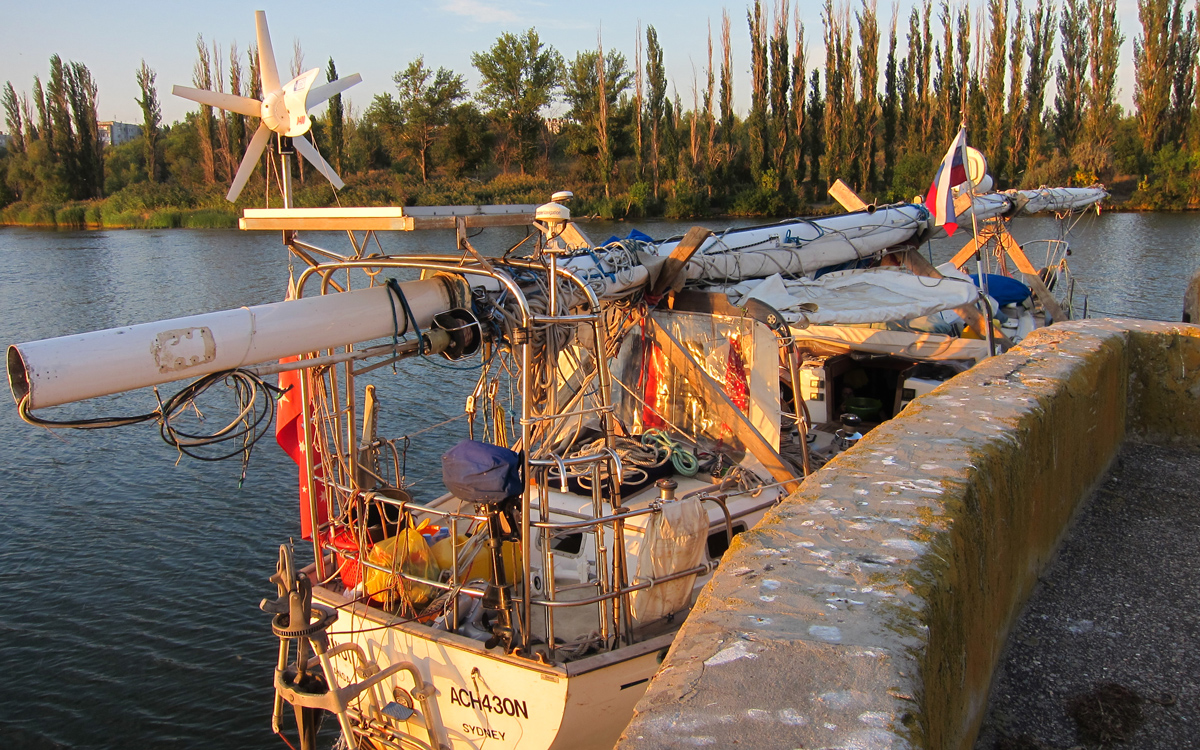 sailing-through-russia-canal-mast-lowered