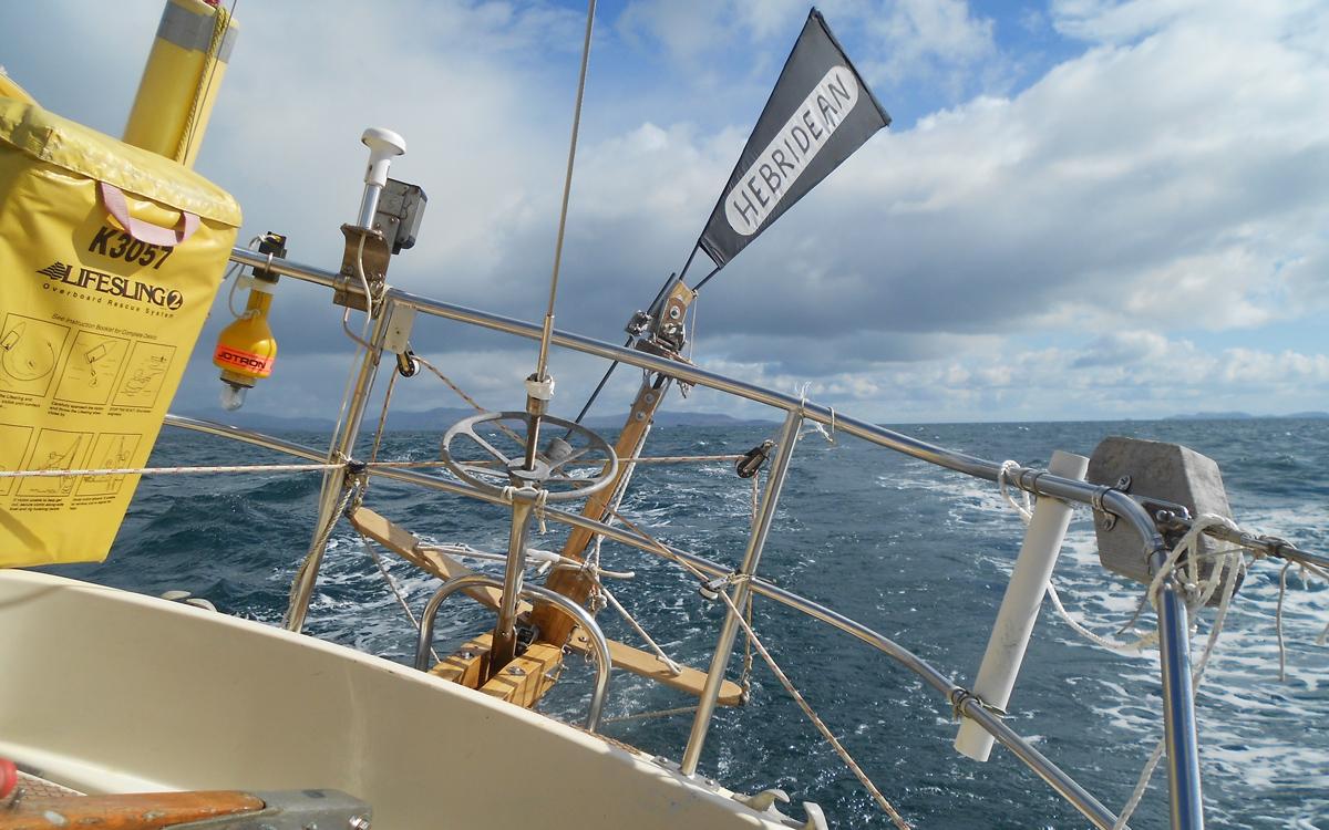 wind-vane-tips-tom-fisher-hebridean-arctic-smoke-transom-credit-john-fleming