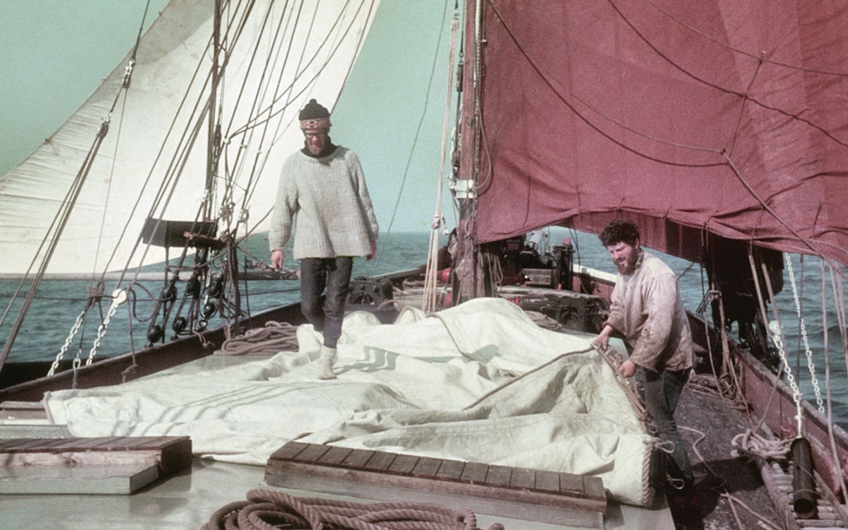 1960s-sailing-barge-houseboat-sweden-cruising-adventure-deck-sailing-barge-venta