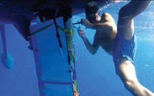 emergency-steering-repair-atlantic-crossing-diving-repair-credit-world-cruising-club