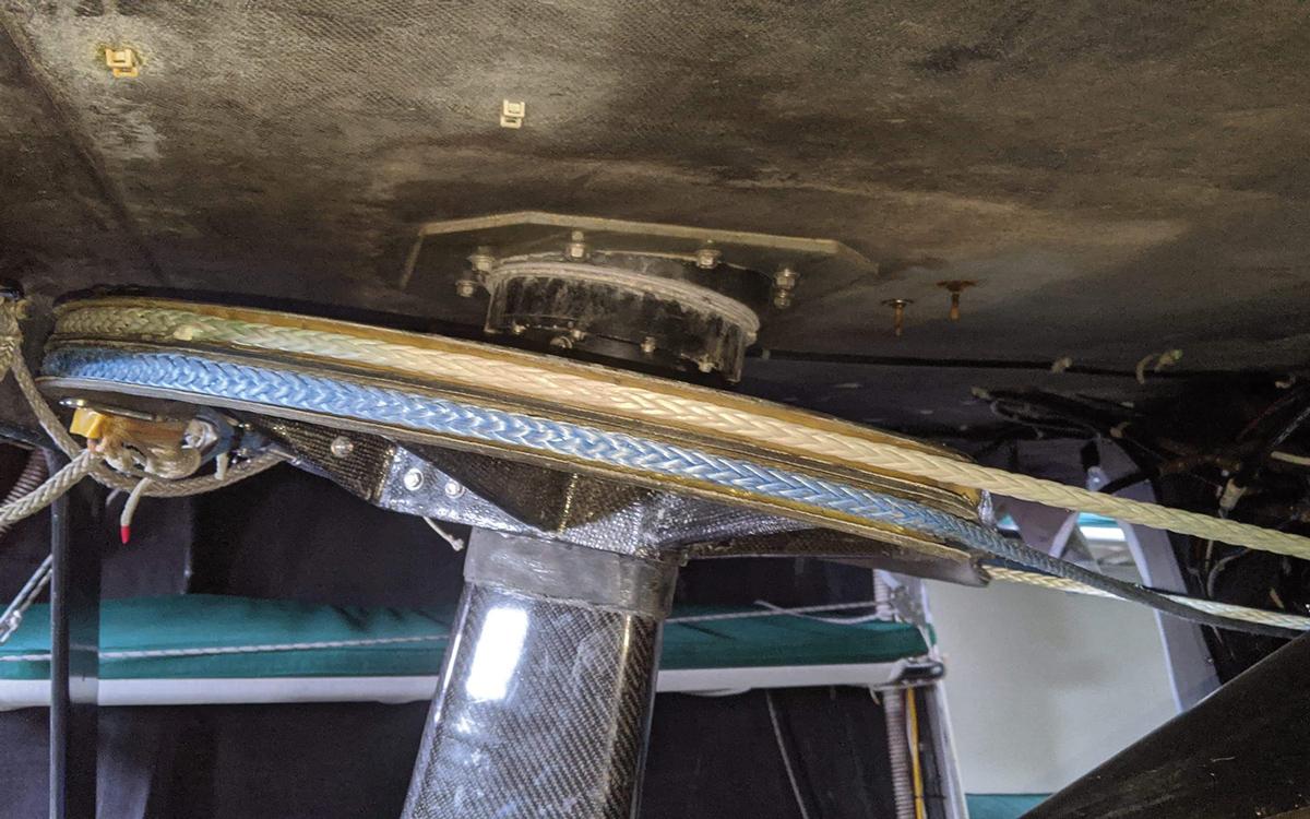 emergency-steering-repair-dyneema-cable-credit-Samuel-Mabey