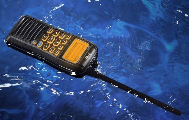 ICOM IC-M91D_in water