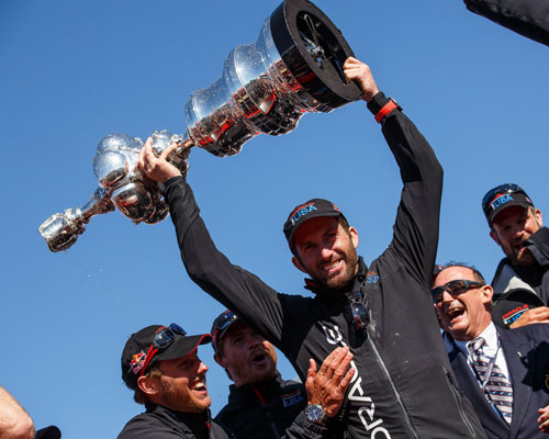 Ben Ainslie lifts Ameica's Cup
