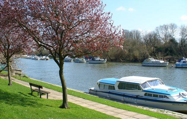 Sunbury on Thames