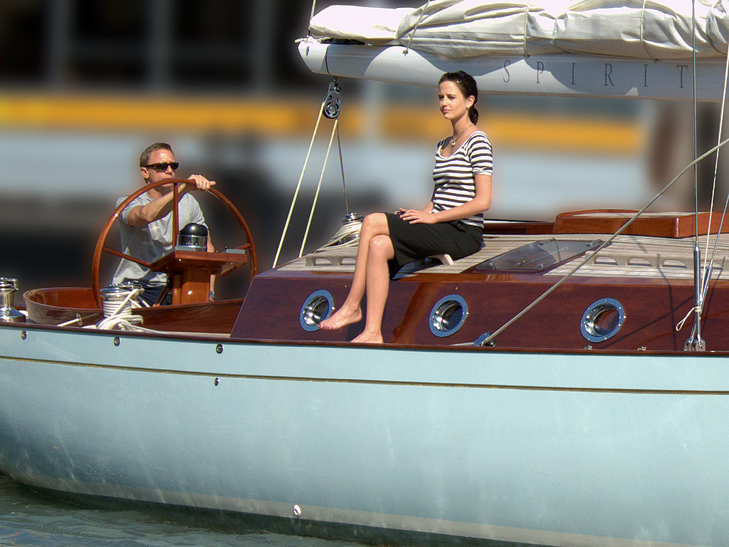 Casino royale boat scene download game feeding frenzy 2 with crack
