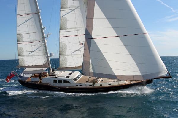 Kestrel 106 starboard view