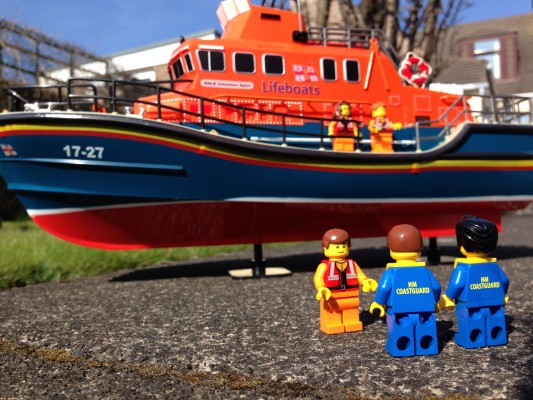 LEGO The Coastguard Team visits The Lifeboat Crew