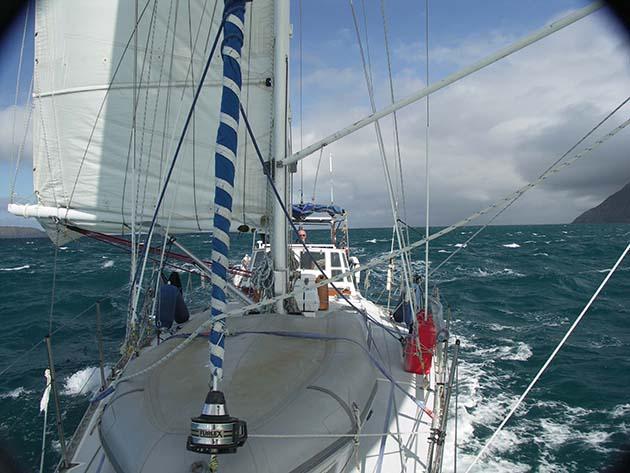 Fiona and Chris Jones sail the Cook Strait, New Zealand