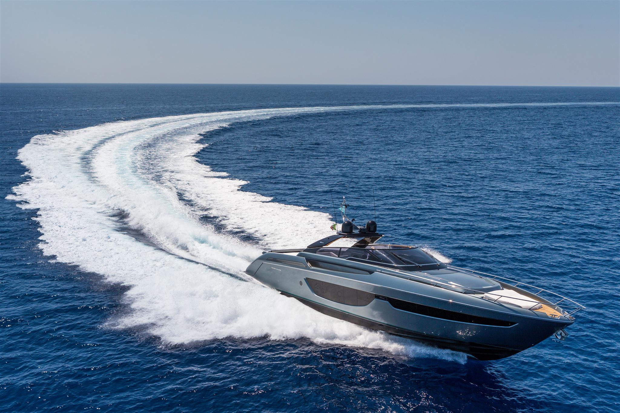 Pictures The Stunning 76 Bahamas From Riva Ybw
