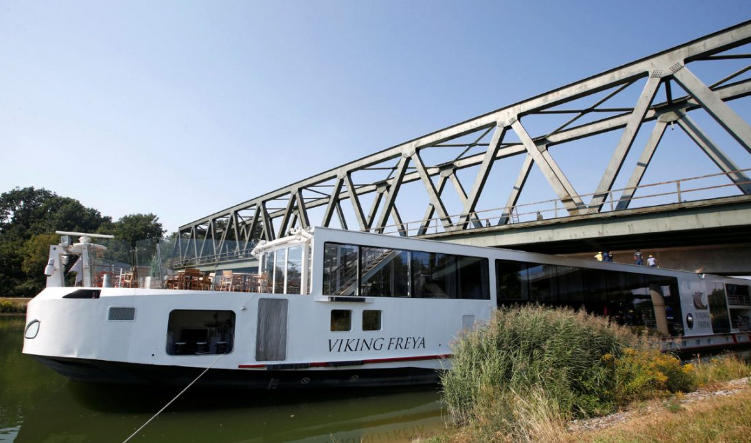 Two Dead After River Cruise Ship Hits A Bridge In Germany