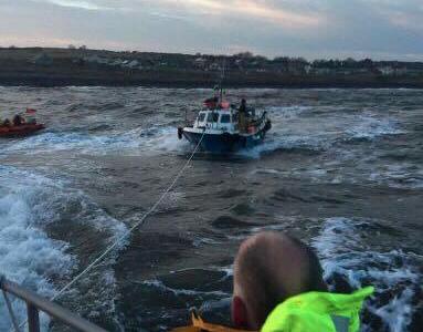 Vessel towed into Craster