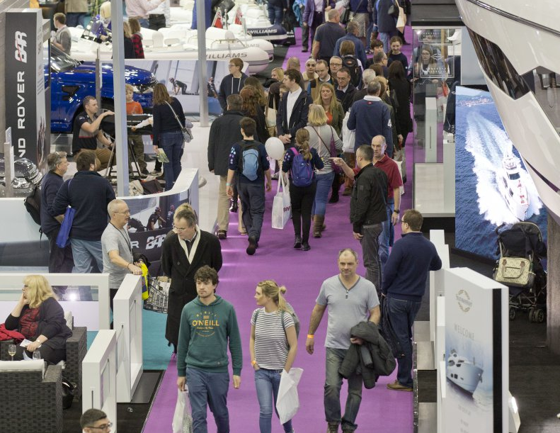 Crowrds at the London Boat Show at eXcel London