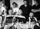 Tributes paid to America's Cup skipper Bill Ficker