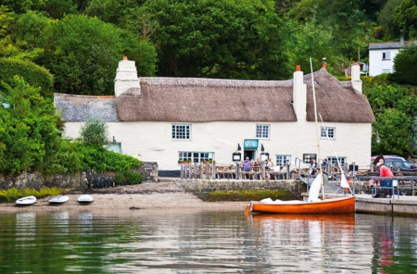 On the banks of Restronguet Creek in Cornwall - Pandora Inn