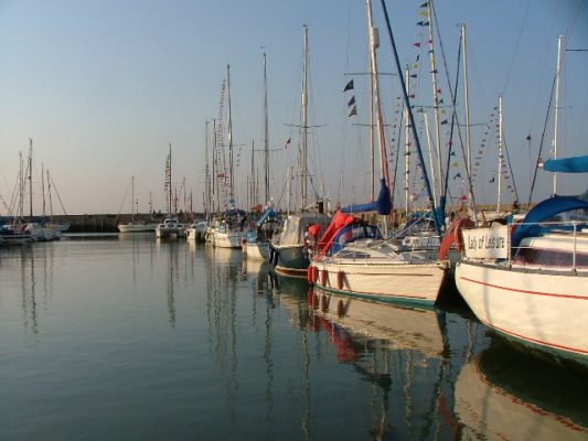 Yachts moored at the picturesque Ryde Harbour