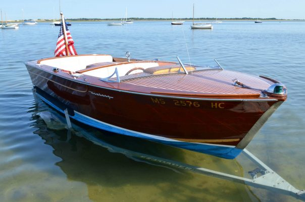 The mahogany speedboat which once belonged to the Kennedys - Restofus