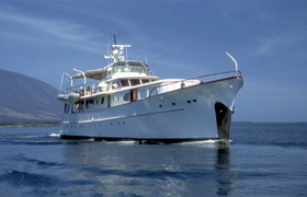 Yacht lost to fire in Galapagos