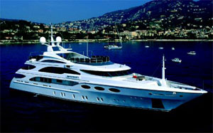 Azimut signs up Italian companies and acquires Brazilian boatyard