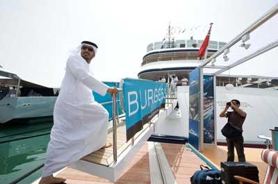 Sultan Bin Tahnoon Opens Abu Dhabi Show