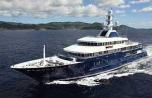 Fort Lauderdale's exceptional super yachts book their places